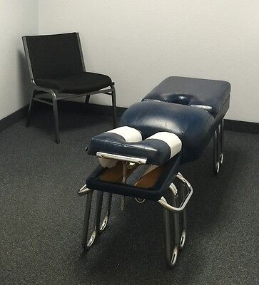 Massage Table / Chiropractic Adjusting Table