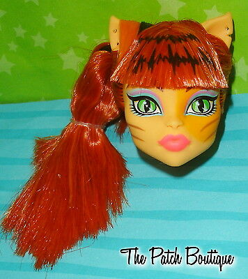 Monster High Ghoul Sports Toralei Stripe Werecat Doll Head For Replacement Ooak