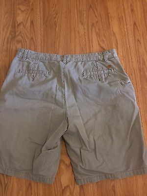 Men's DOCKERS casual Shorts Size 36  Inseam Is 10 Inches