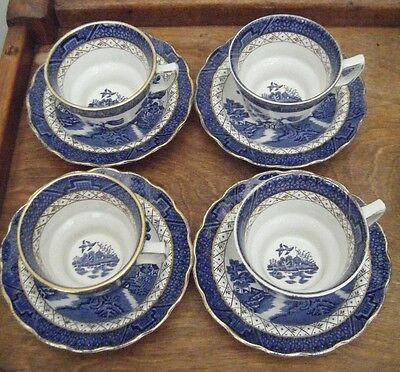 Vintage Booths Real Old Willow A8025 Gilt-Edged - 4 Tea Cups and Saucers