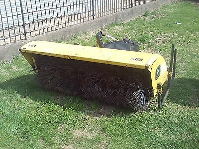 Tractor John Deere 5 Foot  Sweepster Broom Attachment