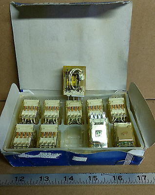 10 New Idec Ry4S-Ul Ice Cube Relays ***make Offer***