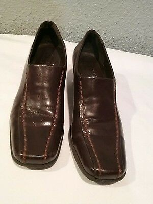 FRANCO SARTO Womens Brown Leather Stitched Design Heel Shoes (Size 5)