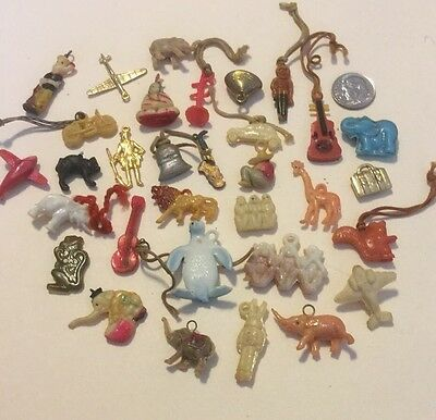 Old - Scarce 30 CRACKER JACK - GUMBALL MACHINE CHARMS / PRIZES -