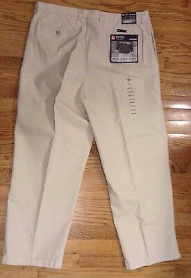 NEW W/TAG Mens CHAPS JACKSON Beige Relaxed Fit Pleated Khaki Pants Size 40 X 30