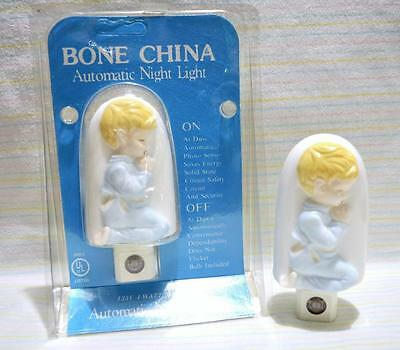 Bone China Automatic Baby Boys Nursery Night Light~Child Praying~New