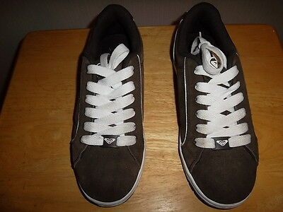 Roxy size 8 spirit lace up brown womens shoes