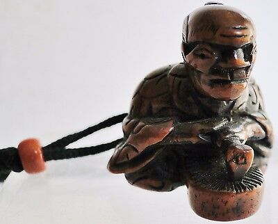 Fine Antique Japanese Carved Wood Netsuke Of A Wood Worker Ojime Edo Period