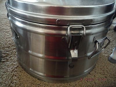"""Super Chef"" Commercial Grade Insulated Food Container Model 1055 Military Grade"