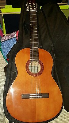 Yamaha Acoustic Guitar with Backpack Case