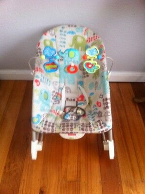 Fisher Price Infant / Toddler Rocker (up to 18kgs) Excellent Condition-Like New