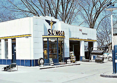SUNOCO GAS and OIL SERVICE STATION 1950'S OIL TIRE DISPLAY