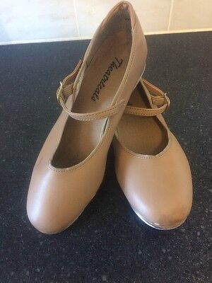 girls tap shoes size 2M