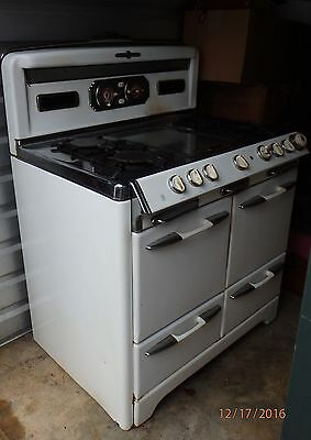 Vintage O'Keefe and Merritt Stove, One Family Owned