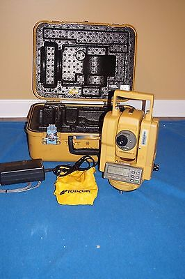 TOPCON GTS-202 Total Station NEW Battery and Charger, Case