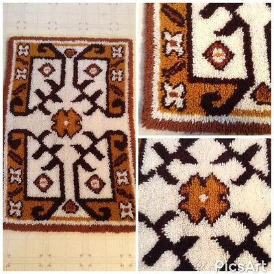 Vintage 70S Woven Latch Hook Rug Textile Fabric Art Retro Hippy Boho Interiors