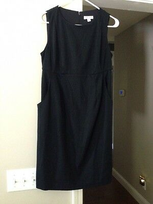 Liz Lange Maternity Sz XS Fitted Black Dress With Pockets Sleeveless Super Cute