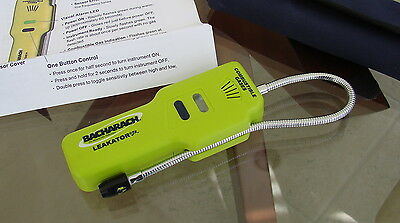 Bacharach 19-7075 Leakator Jr. Combustible Leak Detector with Case - Excellent
