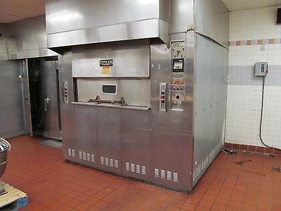 Cutler 15 Pan Revolving Bakery, Pizza, Bagel Oven,    Model Pnlvb15,    Nat Gas,