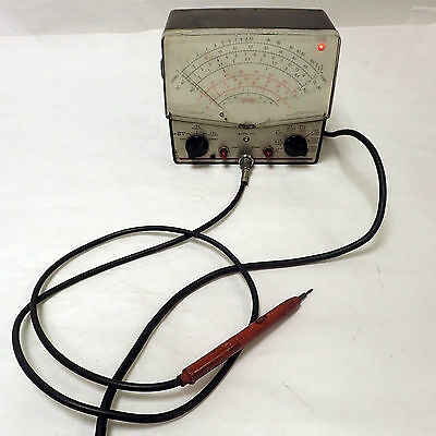 Triplett 850 Vtvm Electronic Volt-Ohm Meter And Probe, Powers Up