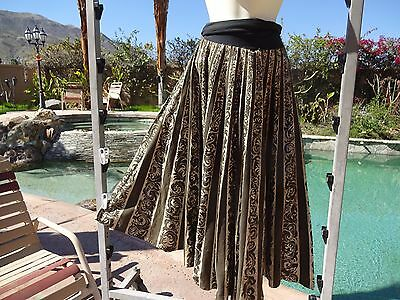 """Vintage 1950s Mexican handpainted circle skirt sequins 27-32"""" W cotton 34"""" long"""