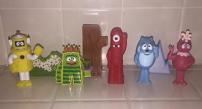 Yo Gabba Gabba Exclusive Figure for Lights Sound Boombox Playset BROBEE CAKE