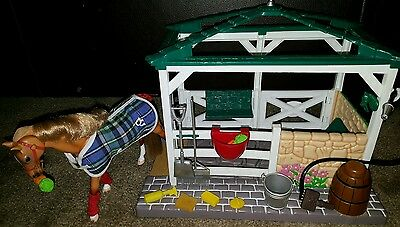 Grand Champion Horse Wash Stall & Accessories Fits Breyer Classic *Please read*