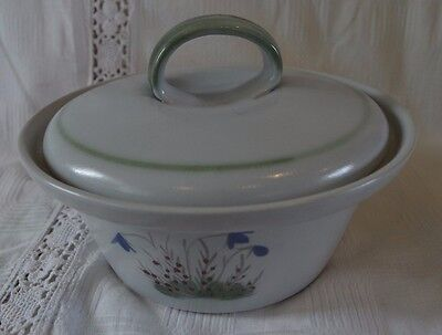 Buchan Stoneware Thistle pattern Casserole Dish with Lid