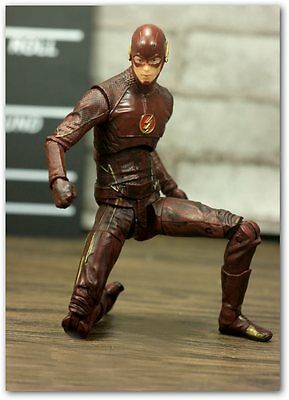The Flash TV Series Figure DC Collectibles figure 16 cm