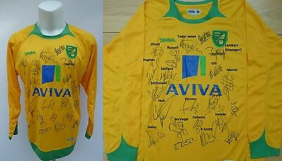 2009-10 Norwich City Home Shirt Signed by Promotion Winning Squad (10509)