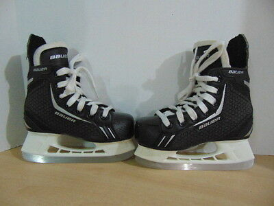 Hockey Skates Child Size 12 Shoe Size Bauer Charger Excellent Quality