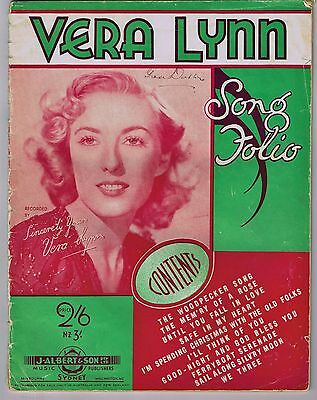 VINTAGE 'VERA LYNN SONG FOLIO' MUSIC SHEET BOOK 25 pages c.1940s