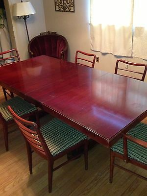 Vintage Mid Century Modern Thomasville Chair Company Dining Room Table & Chairs.