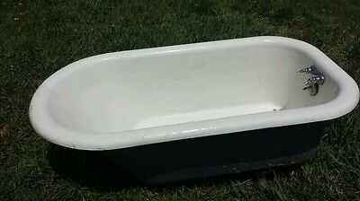 RARE ANTIQUE  4 1/2 FOOT CLAW FOOT CAST IRON *BATH TUB* - *Original Faucet *
