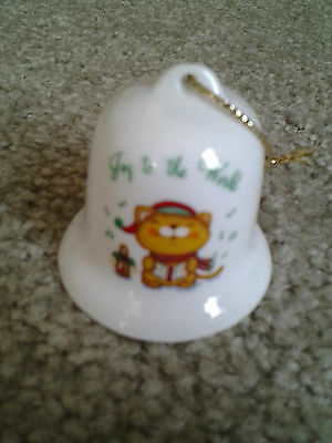 Cat Singing Christmas Carols Joy To The World Hanging Ceramic Bell Ornament Russ