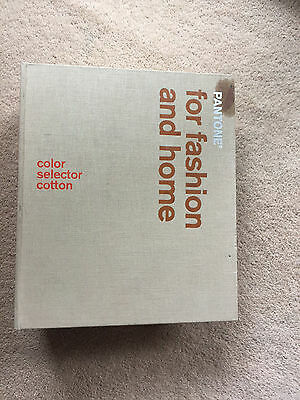 Pantone for Fashion and Home Colour Selector Cotton Guide
