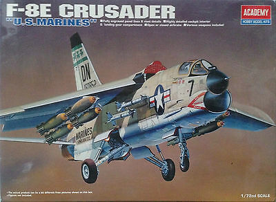 Academy 1/72 Armements bombes, missiles CRUSADER (sans boite)