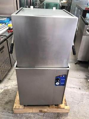 WASHTECH M1 Pass Through Dishwasher