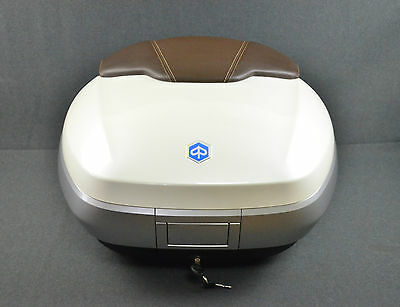 NEW GENUINE PIAGGIO MP3 ABS MY,LARGE TOP BOX KIT, BIANCO 505/A,50 Ltr. CM261501