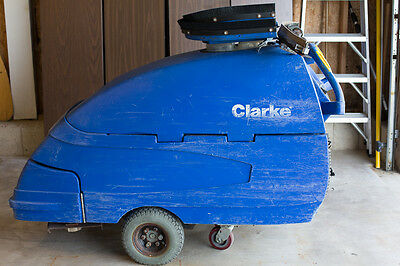 "Reconditioned Clarke Focus S33 Walk-Behind 33"" Auto Scrubber"