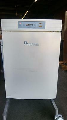 Tested Thermo-Forma 3110 Water jacketed,CO2 incubator:animal cell/tissue culture