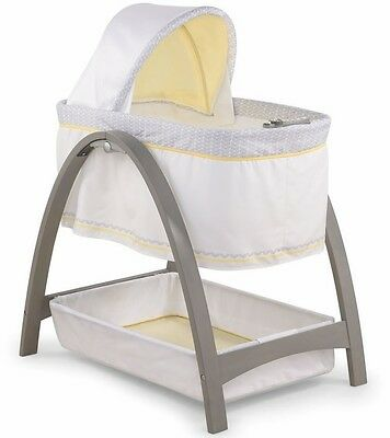 Summer Infant Bentwood Motion Bassinet Chevron Leaf BNWT BABY