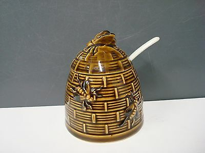 Vintage Brown Ceramic Bee Hive Honey Pot with plastic spoon Japan
