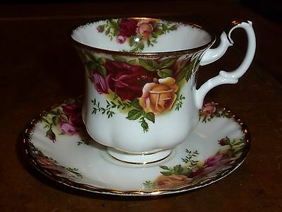 Royal Albert Old Country Roses Bone China - Single Coffee Cup and Saucer - 1962