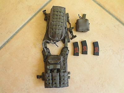1/6 MSE ZERT Deathridge  Vest Set W/ Mags & Pouches  Mint, right out of the Box