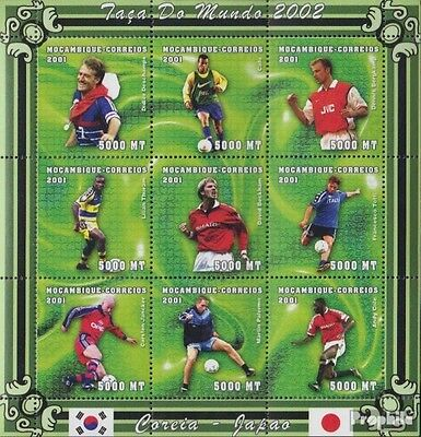 Mozambique 1814-1822 Sheetlet unmounted mint / never hinged 2001 Football-WM 200