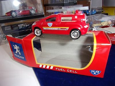 rare NOREV 3 INCHES 1//54 PEUGEOT H2O FUEL CELL POMPIERS PILE A COMBUSTIBLE