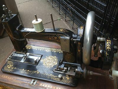 Retro Antique Vintage German  Sewing Machine Untested