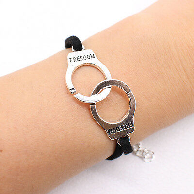 925  SILVER PLATE NEW LOVELY 3D SILVER HANDCUFFS CLIP ON CHARM FOR BRACELETS