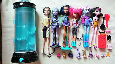 6 Monster High Dolls, Hydration Station And Accessories (Lot 2)